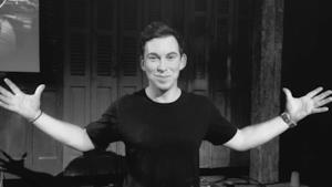Hardwell On Air 300 LIVE + Special Guests LIVE.DJHARDWELL.COM #HOA300