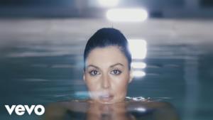 Sanremo 2017 - Giusy Ferreri - Fa talmente male (Video ufficiale e testo)