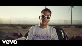 Sfera Ebbasta - Figli Di Papà (Video ufficiale e testo)