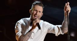 Adam Levine - Lost Stars (live Oscar 2015)