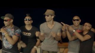 Enrique Iglesias feat. Sean Paul, Descemer Bueno, Gente De Zona - Bailando (versione in inglese)