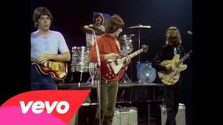 The Beatles - Revolution 1 (Video ufficiale e testo)