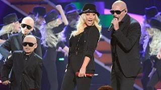 Christina Aguilera e Pitbull ai Kids Choice Awards 2013 [VIDEO]