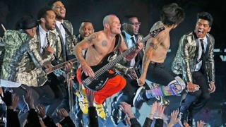 Bruno Mars & Red Hot Chili Peppers -  Halftime Show al Super Bowl