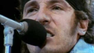 Bruce Springsteen - Born In the U.S.A. (Video ufficiale e testo)