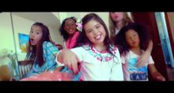La bambina prodigio Sophia Grace debutta con il primo singolo Best Friends