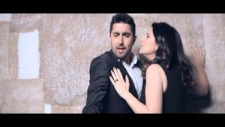 Laura Pausini - Donde quedo solo yo (Video ufficiale e testo)