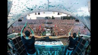 W&W @ Tomorrowland Belgium 2018 (Mainstage) (Weekend 2)