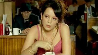 Lily Allen - Smile [VIDEO UFFICIALE]