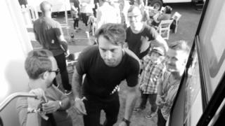Sebastian Ingrosso ft. Alesso - Calling (Video ufficiale e testo)
