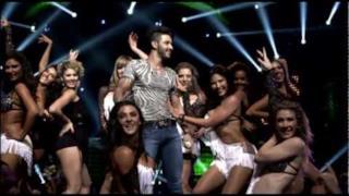 Gusttavo Lima - Gatinha Assanhada (Video ufficiale, testo e traduzione)