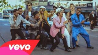 Mark Ronson - Uptown Funk (feat. Bruno Mars) (Video ufficiale e testo)