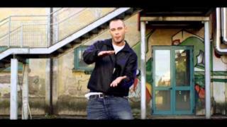 Fabri Fibra - Tranne Te (Video ufficiale e testo)