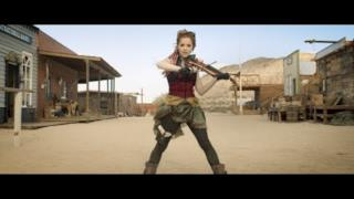 Lindsey Stirling - Roundtable Rival (Video ufficiale e testo)