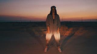 Anna Lunoe - Radioactive (Video ufficiale e testo)