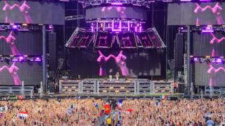 W&W @ Ultra Music Festival Miami 2015