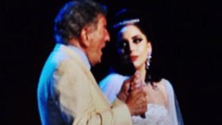 Lady Gaga e Tony Bennett duettano al Festival del Jazz di Montréal (video)