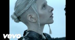 AURORA - I Went Too Far (Video ufficiale e testo)