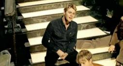 Westlife - Queen Of My Heart (Video ufficiale e testo)