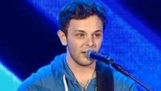 Lorenzo commuove al provino X Factor 8 grazie a un brano di Modugno