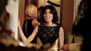 Bianca Atzei in cerca d'amore al ballo nel video di Il Solo Al Mondo