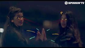 Trobi - In the Studio (feat. Junglebae) (Video ufficiale e testo)