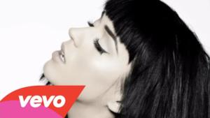 Katy Perry - E.T. (audio ufficiale)