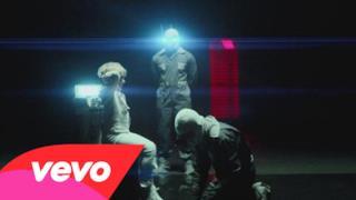 Kasabian - Stevie (Video ufficiale e testo)