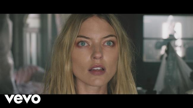 The Chainsmokers - Paris (Video ufficiale e testo)