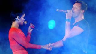 Rihanna e Chris Martin si starebbero frequentando