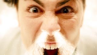 Kill the Noise - I Do Coke (Video ufficiale e testo)