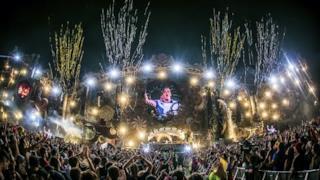 Tomorrowland Brasil 2016   Ummet Ozcan