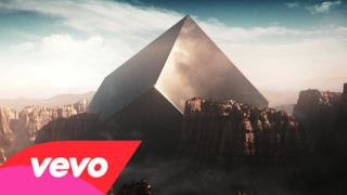 Eric Prydz vs CHVRCHES - Tether (video ufficiale)