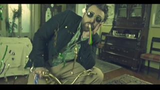 Dargen D'Amico ft. J-Ax - L'Amore a modo mio (Video ufficiale e testo)