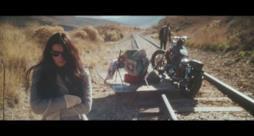 Gareth Emery - U (feat. Bo Bruce) (Video ufficiale e testo)