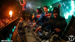 Superheroes LIVE @ Super You&Me Stage, Tomorrowland, Brasil 2015