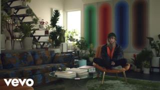 Cashmere Cat - 9 (After Coachella) [feat. MØ & Sophie] (Video ufficiale e testo)
