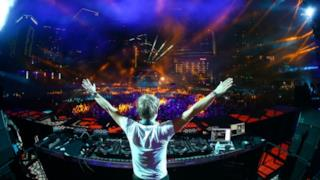 Armin van Buuren Live @Amsterdam Music Festival 2014