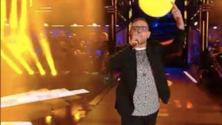 Sanremo 2014: Rocco Hunt - Nu juorno buono (video live)