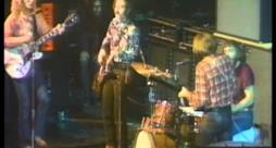Creedence Clearwater Revival - Proud Mary (Video ufficiale e testo)