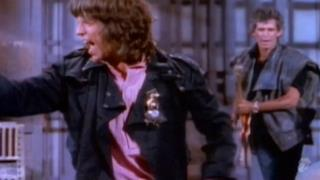 The Rolling Stones - One Hit (To the Body) (Video ufficiale e testo)
