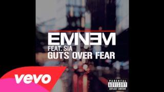 Eminem - Guts Over Fear ft. Sia (Video Lyrics ufficiale e testo)
