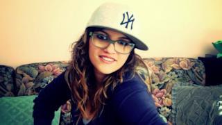 Deborah Iurato - Danzeremo a luci spente (audio e testo)