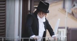 Renato Zero - Rivoluzione (Video ufficiale e testo)