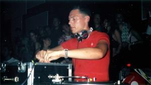 Tiesto - Club Life 001 - 06.04.2007