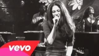 Shakira - Moscas En La Casa (Video ufficiale e testo)