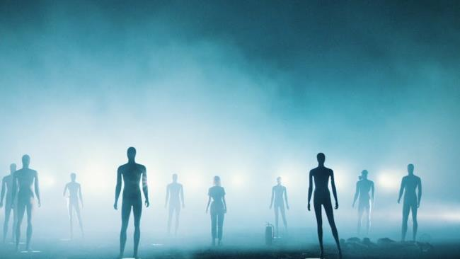 Axwell Λ Ingrosso - Dancing Alone (feat. ROMANS) (Video ufficiale e testo)