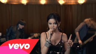 Selena Gomez & The Scene - Round & Round (video ufficiale e testo)