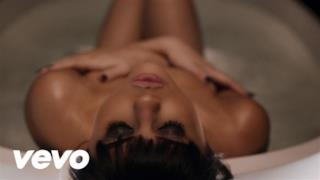 Selena Gomez - Hands To Myself (Video ufficiale e testo)