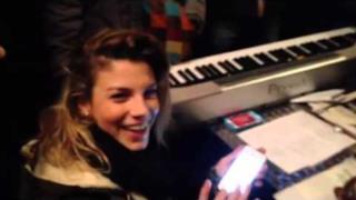 Edicola Fiore: Emma Marrone canta l'Italicum